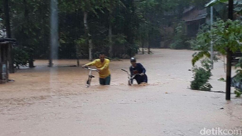 Polda Jatim Kirim Bantuan Personel dan Logistik ke Pacitan