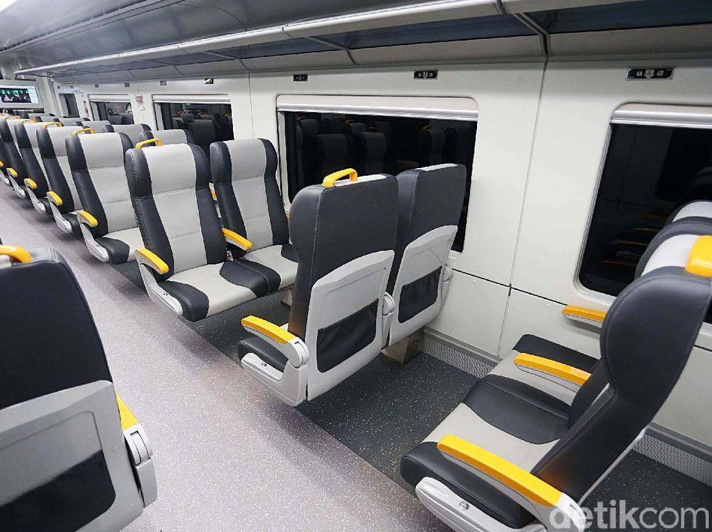 Nyamannya Naik Kereta Bandara Soekarno Hatta