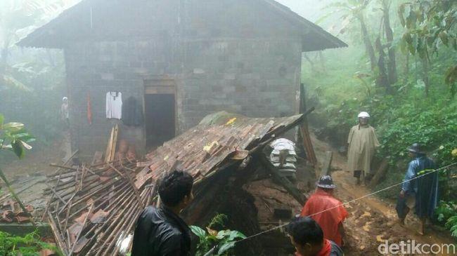 Tanah Bergerak di Purworejo, Alarm EWS Bencana Meraung Keras