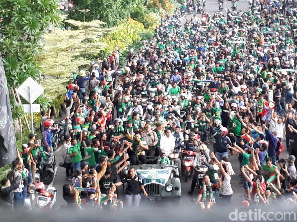 Surabaya Menghijau Sambut Trofi Juara Persebaya