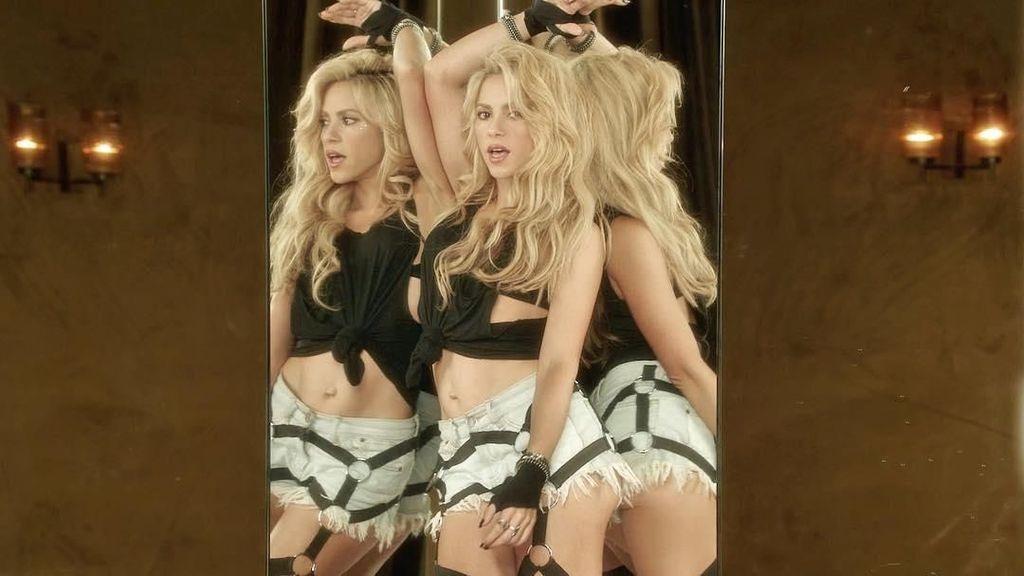 Foto: Tetap Seksi dengan Perut Sixpack Ala Shakira