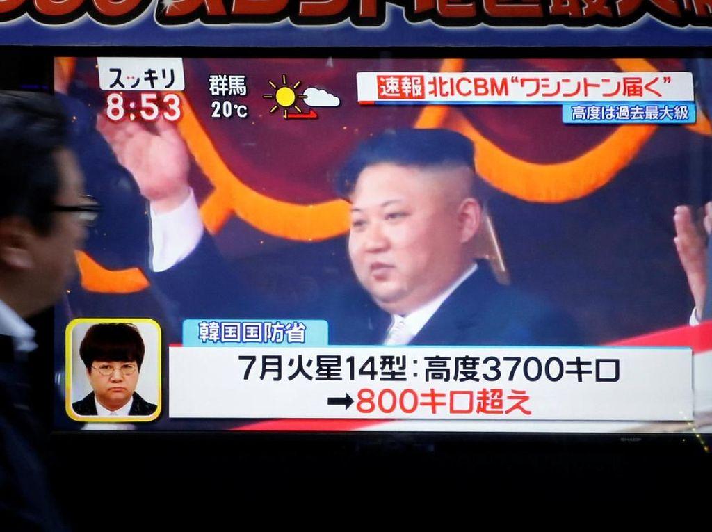 Foto: Reaksi Warga Jepang dan Korsel Usai Korut Luncurkan Rudal