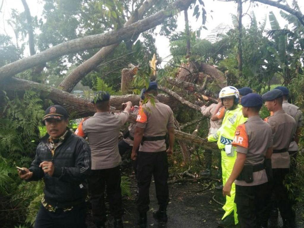 Polisi Siaga Antisipasi Bencana Alam di Jabar