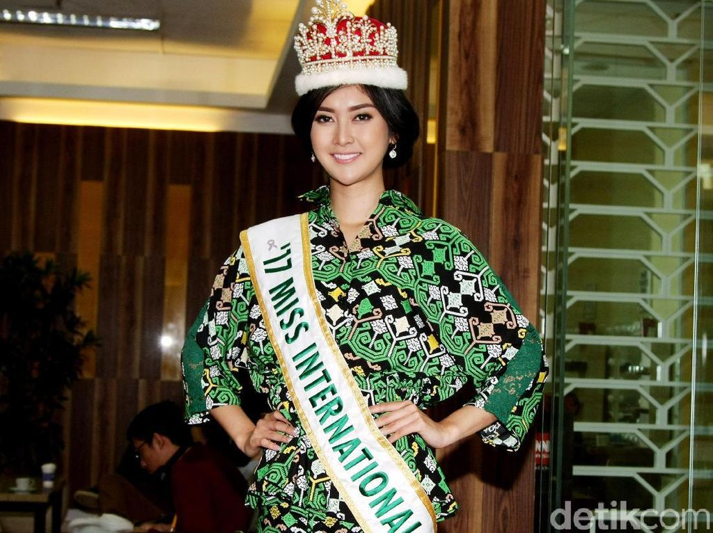 Mengenal Kevin Lilliana, Dulu Tomboi Kini Juara Miss International 2017