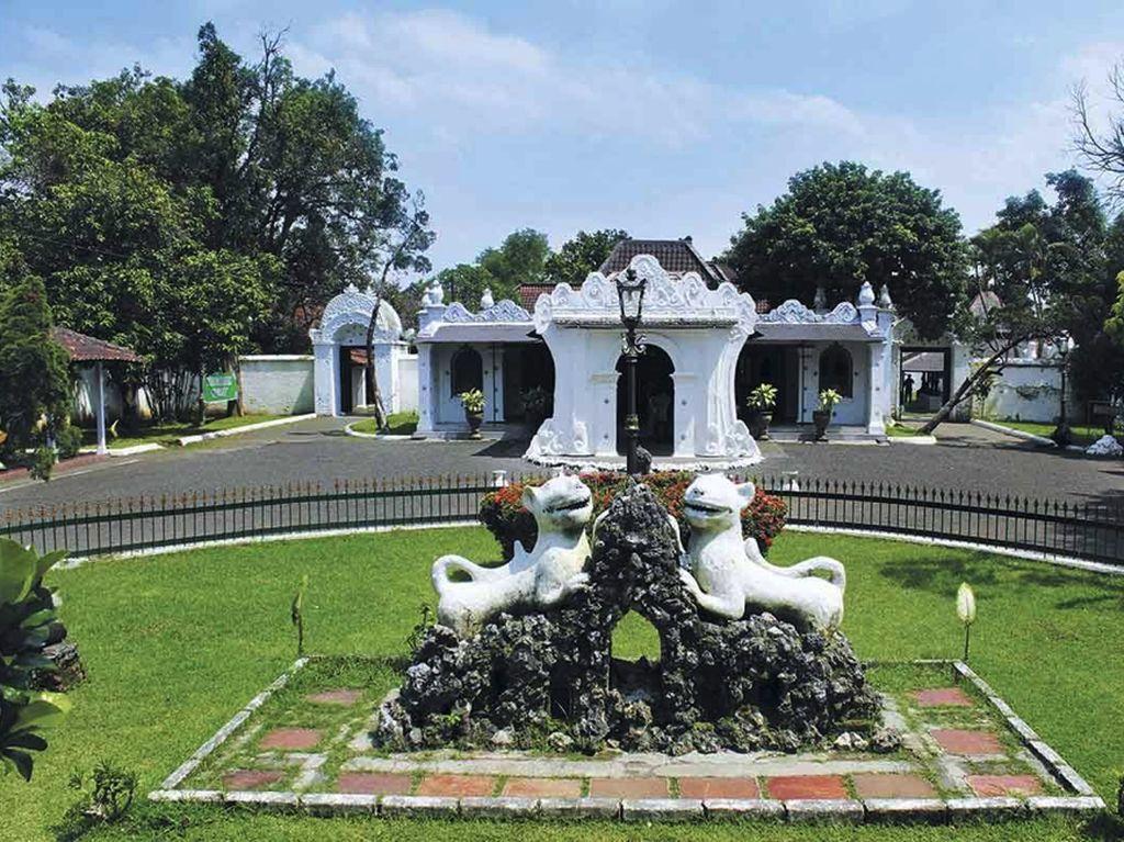 Raja dan Sultan Diminta Kembangkan Pariwisata Berbasis Sejarah