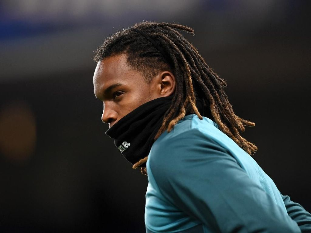 Swansea Menunggu Pembuktian Renato Sanches
