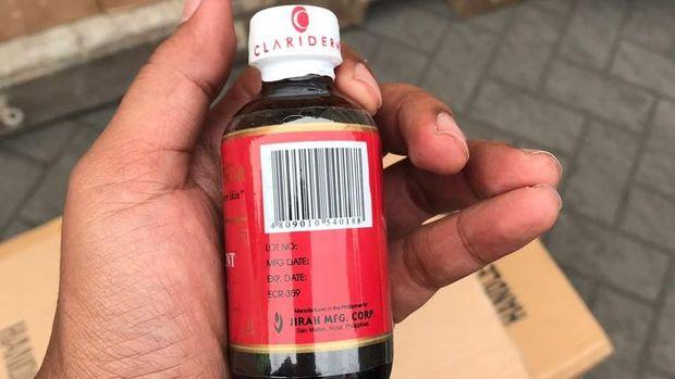 Kosmetik yang ditemukan yakni oil for skin