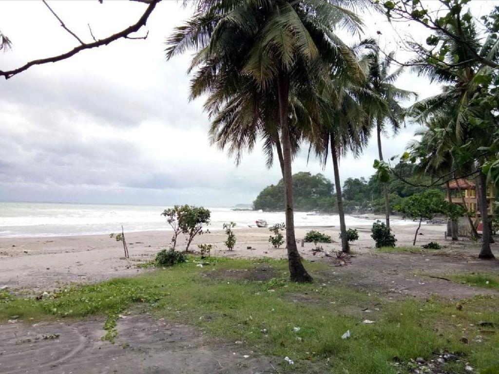 Ombak Mulai Normal, Status Pantai Palabuhanratu Masih Siaga
