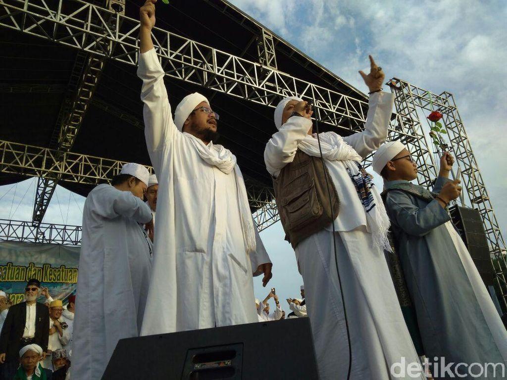 Islam, Sorban, dan Paku