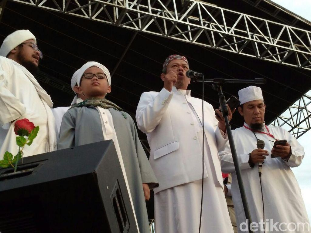 Reuni 212 Deklarasikan Gerakan Indonesia Salat Subuh Berjemaah