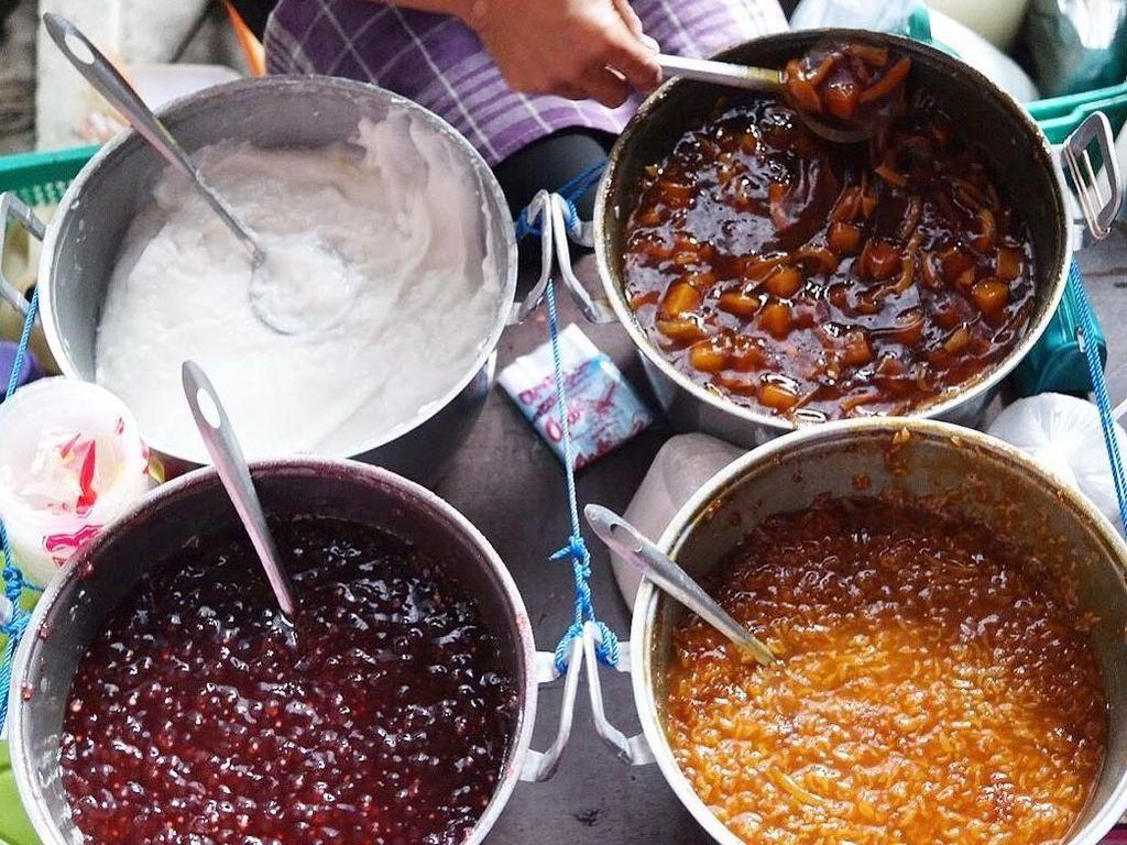 Punya Uang Rp 10 Ribu, Bisa Beli 8 Jajanan Enak Ini di Yogyakarta