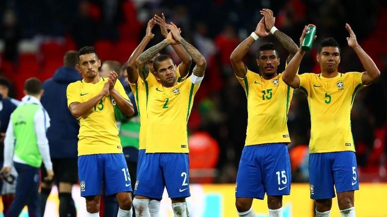 Janji Dani Alves Andai Brasil Jadi Juara Dunia