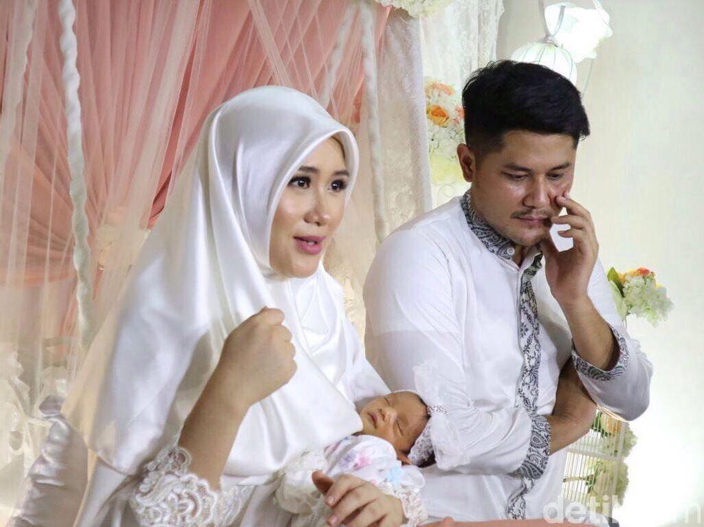 Seminggu Jadi Ibu, Ryana Dea dan Puadin Gelar Akikah untuk Sang Putri
