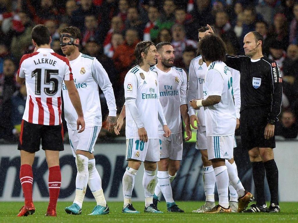 Kartu Merah Bersejarah Sergio Ramos