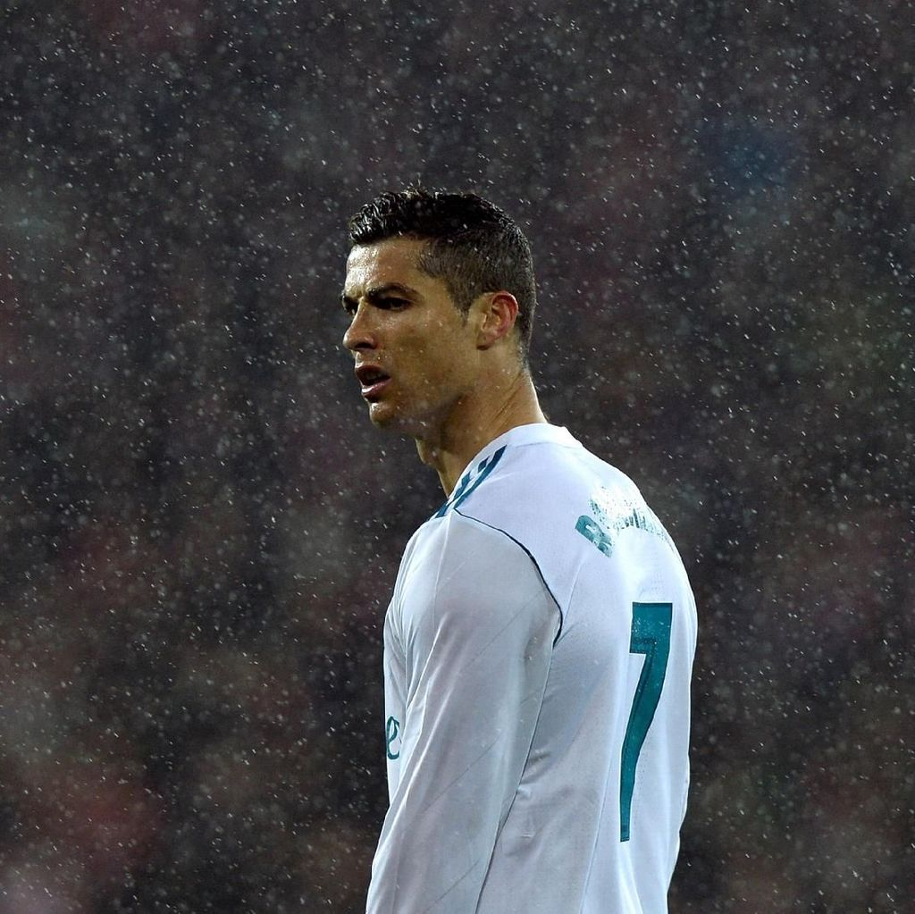 Nasihat James Rodriguez untuk Ronaldo