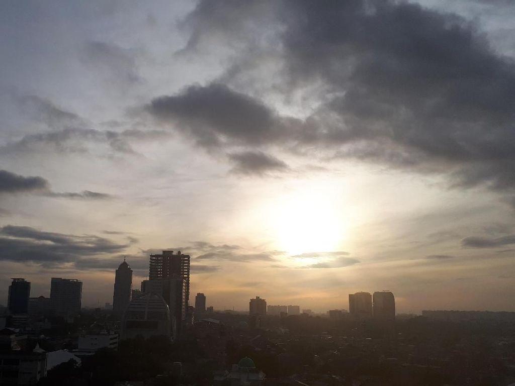 Cuaca Cerah Dominasi Wilayah Jakarta Hari Ini