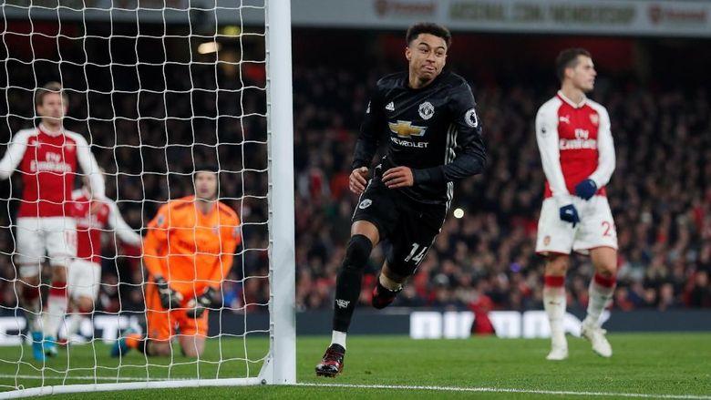Pogba Kartu Merah, MU Taklukkan Arsenal 3-1