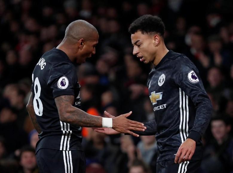 Babak I Selesai, MU Sementara Unggul 2-0 atas Arsenal
