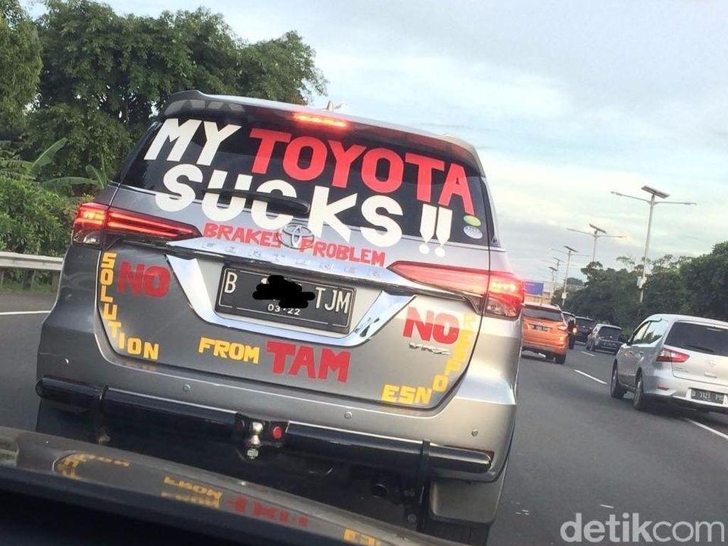 Toyota Sudah Temui Pemilik Fortuner yang Ada Stiker Protesnya