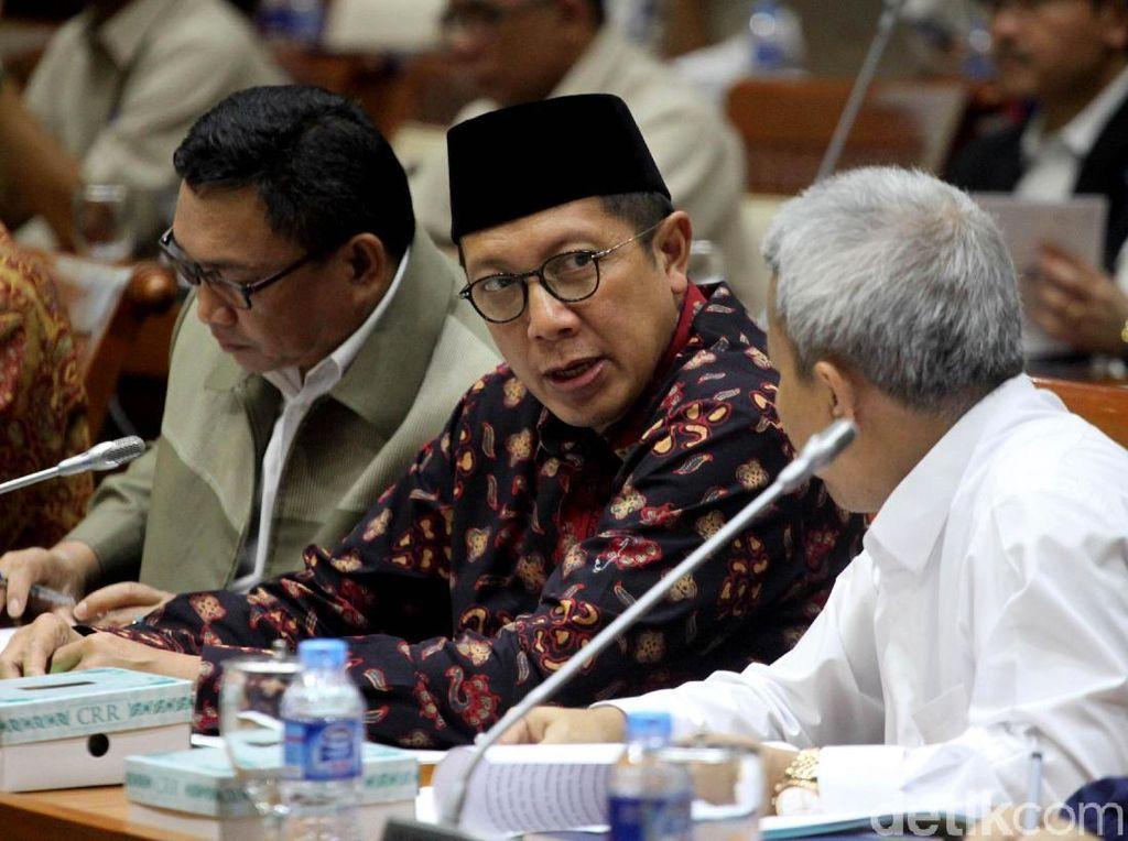Rapat di DPR, Menag Paparkan Evaluasi Haji 2017
