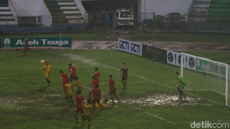 Lapangan Stadion Harapan Bangsa Aceh Berlumpur, Ini Pembelaan Panpel