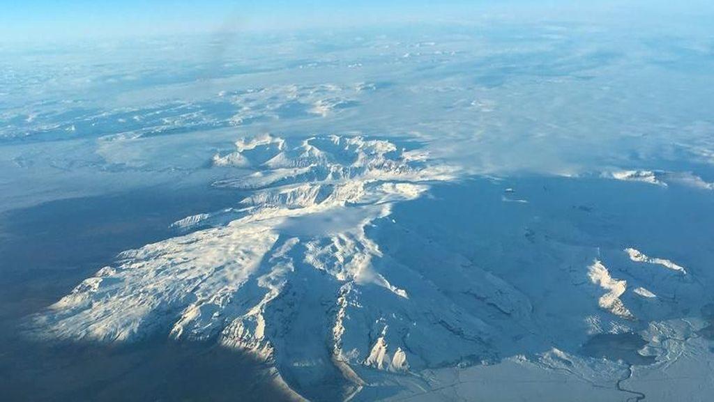 Sinyalkan Bangun dari Tidur, Ini Penampakan Gunung Api di Islandia