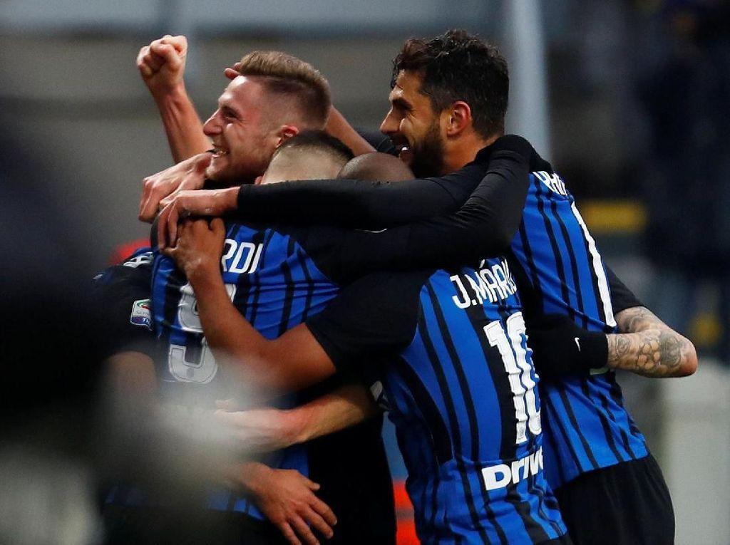 Moratti Sarankan Inter Rekrut Bek Tengah dan Penyerang Baru