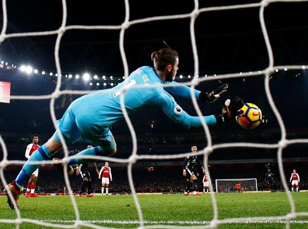 Arsenal vs MU: Aksi De Gea Gagalkan Sanchez, Ramsey, Juga... Lukaku