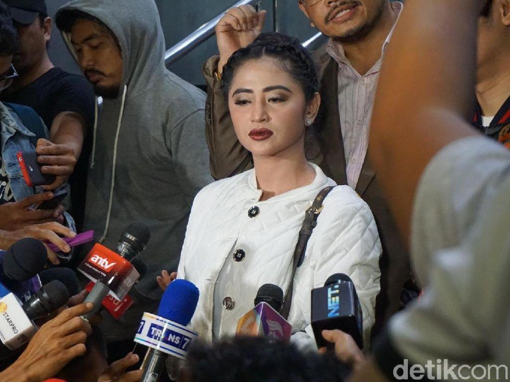 Dewi Persik Laporkan Balik Petugas TransJ