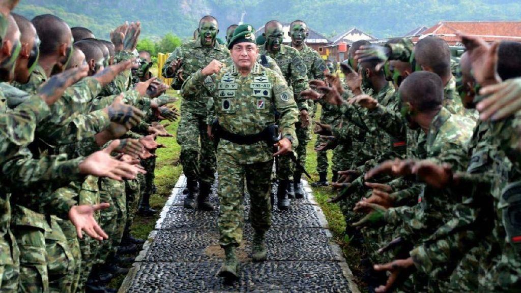 Pangkostrad Tutup Latihan Standarisasi Prajurit Kostrad