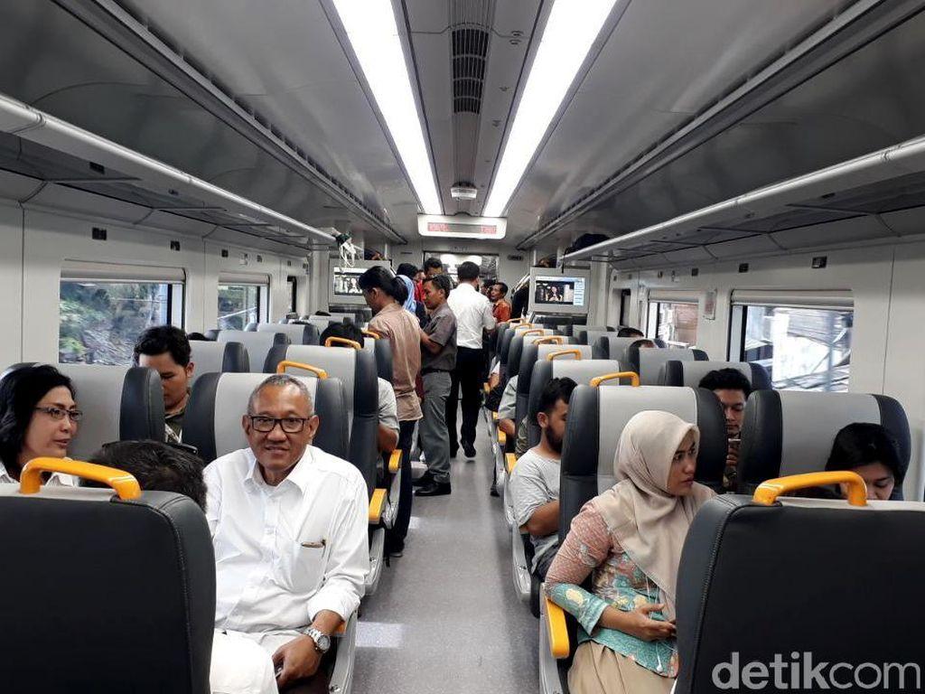 Menhub: 30% Penumpang ke Soetta akan Beralih Pakai Kereta Bandara