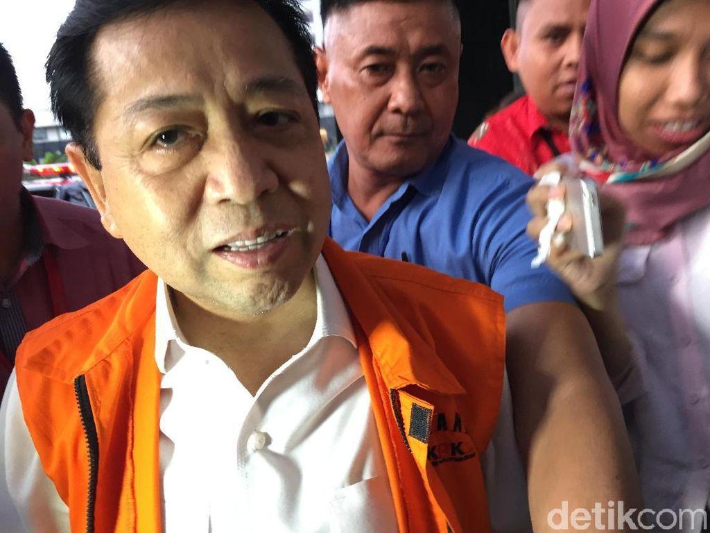 Beda Mimik Wajah Novanto Sebelum dan Setelah Diperiksa KPK