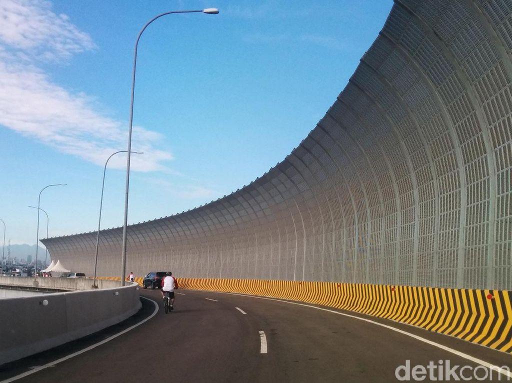 Jokowi Resmikan 10 Jalan Tol Sepanjang 2017