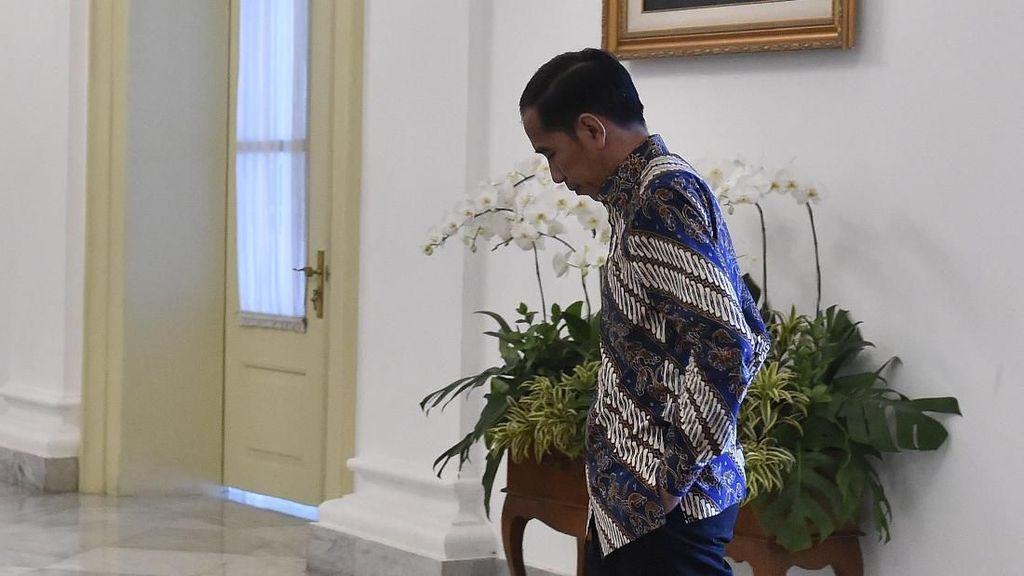 Foto: Momen Jokowi Tunggu Tamu Negara di Istana Bogor