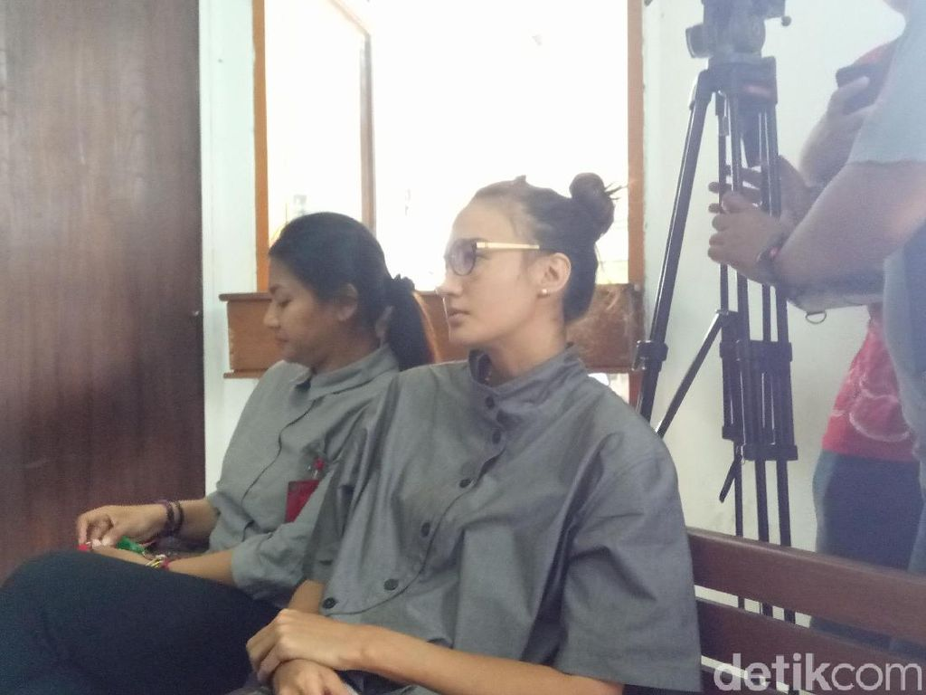 Nadine Chandrawinata Hadir Sebagai Saksi Sidang Gatot Brajamusti