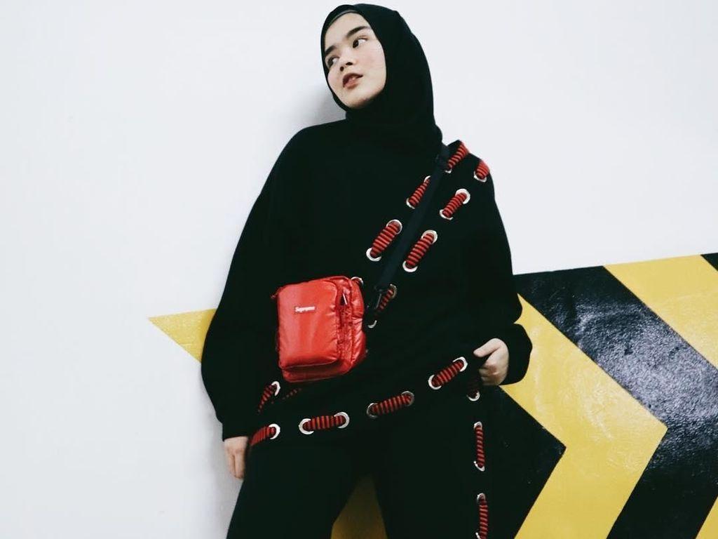 Foto: 12 Gaya Hypebeast ala Hijabers, Siapa Favoritmu?