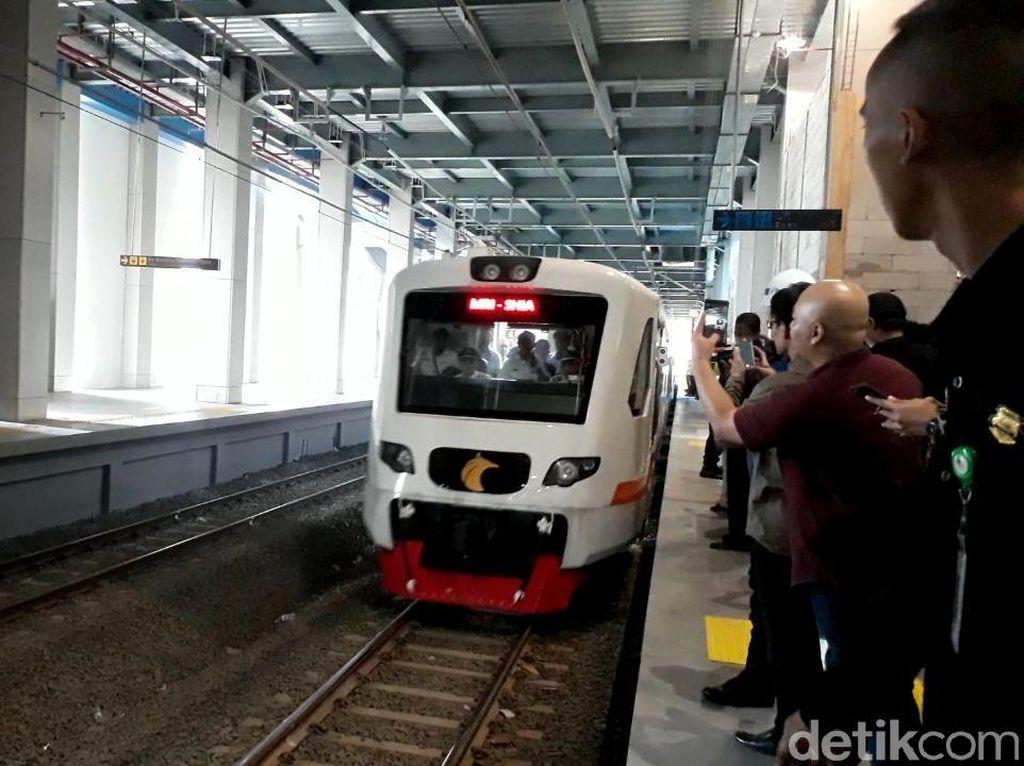 Jajal Kereta Bandara, dari Sudirman Baru ke Stasiun Bandara 54 Menit
