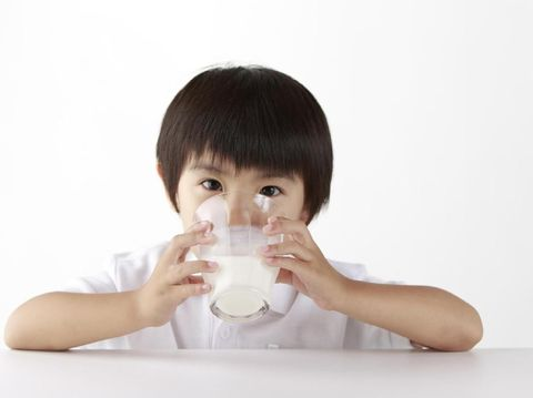 Cara Bedakan Ruam Akibat Alergi Susu atau Intoleransi Laktosa