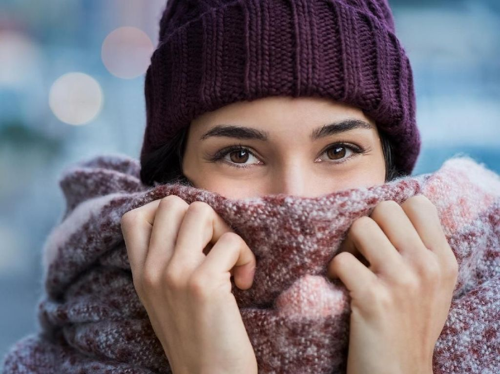 Trik Simpel Kurangi Kekambuhan Asma: Gunakan Scarf Saat Cuaca Dingin