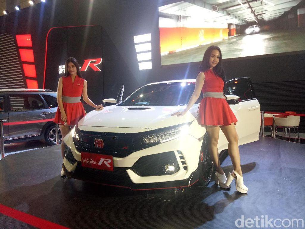 Honda Luncurkan Civic Type R di Makassar