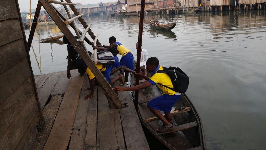 Foto: Sekolah Terapung ala Nigeria