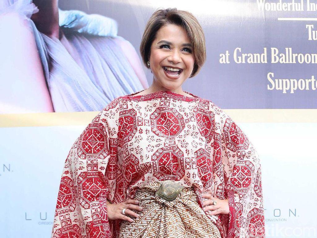 Ruth Sahanaya Sering Konsul ke Anak Soal Penampilan
