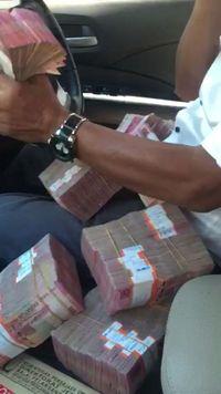 Viral Orang Pamer Duit Buat Anak: 'Rp 100 Juta Cukup?'