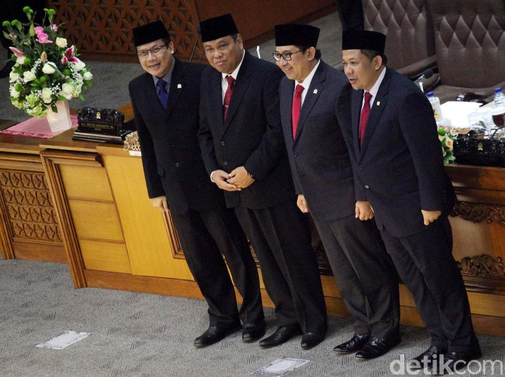 Paripurna DPR Setujui Arief Hidayat Jadi Hakim MK