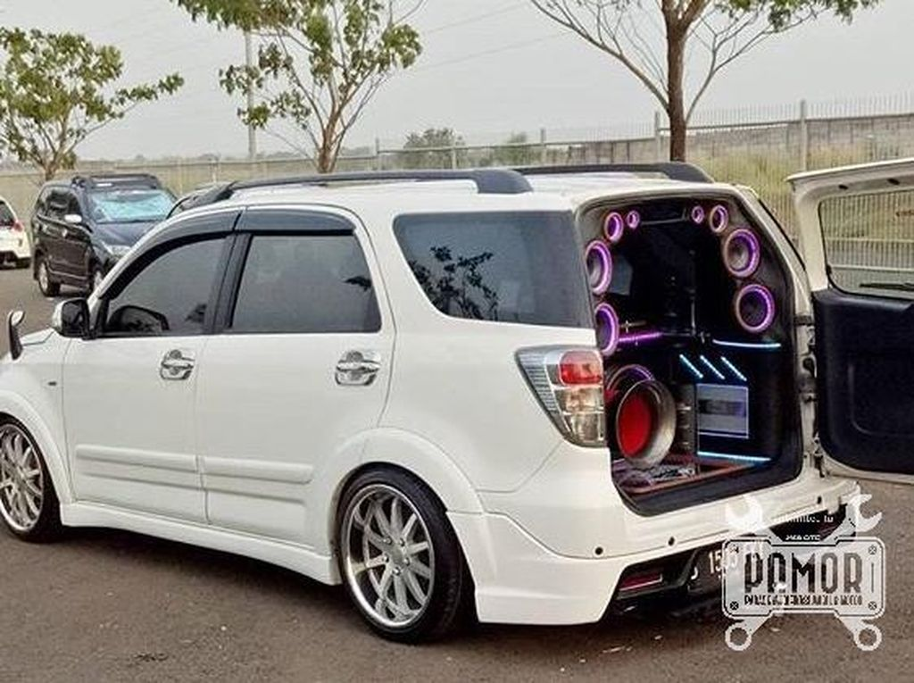 Toyota Rush Simple Elegan Ceper