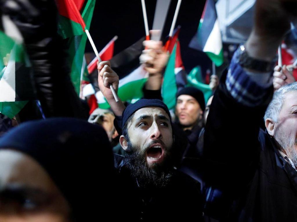 Foto: Ribuan Warga Turki Protes Pengumuman Trump soal Yerusalem