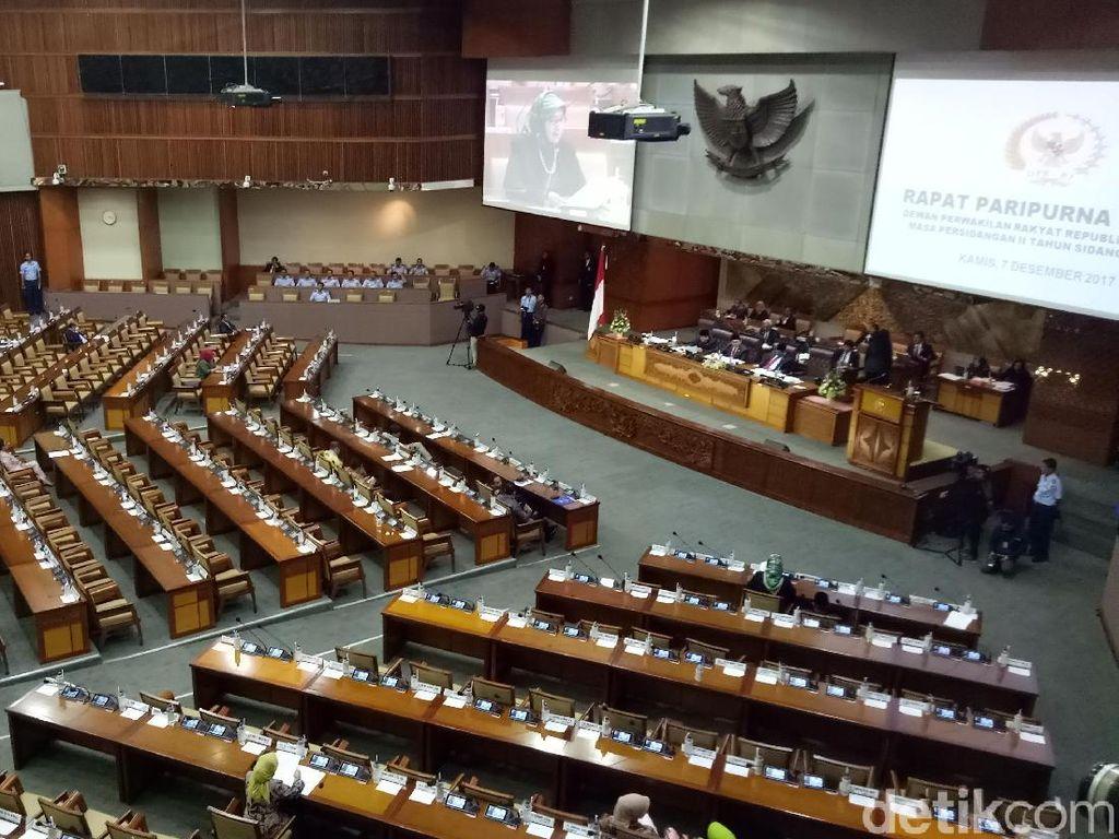DPR Bacakan Surat Balasan KPK Terkait Rekomendasi Pansus Angket