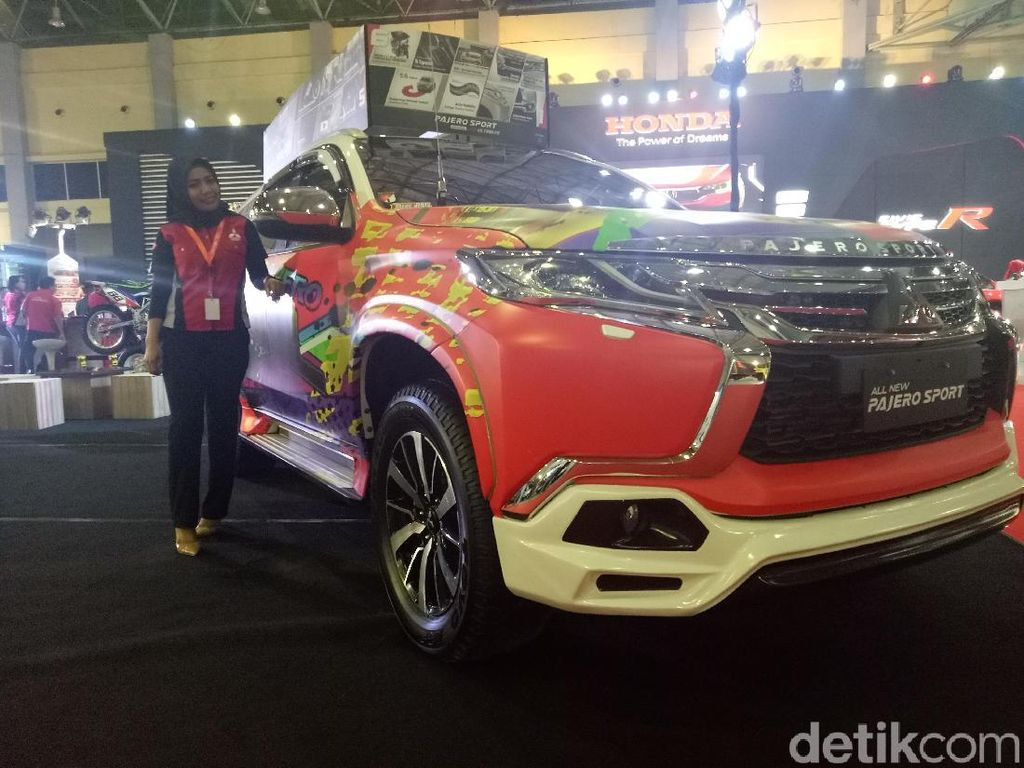 Mitsubishi Pajero Sport Gendong Motor Trail di Makassar