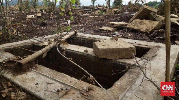 Kuburan pun digusur demi pembangunan Bandara Internasional di Kulon Progo, Yogyakarta.