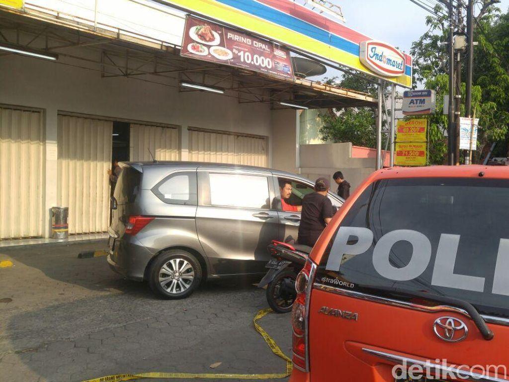 Pembunuh Kasir Minimarket Bawa Kabur Uang Rp 2 Juta dari Brankas